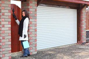 Роллетные гаражные ворота Alutech