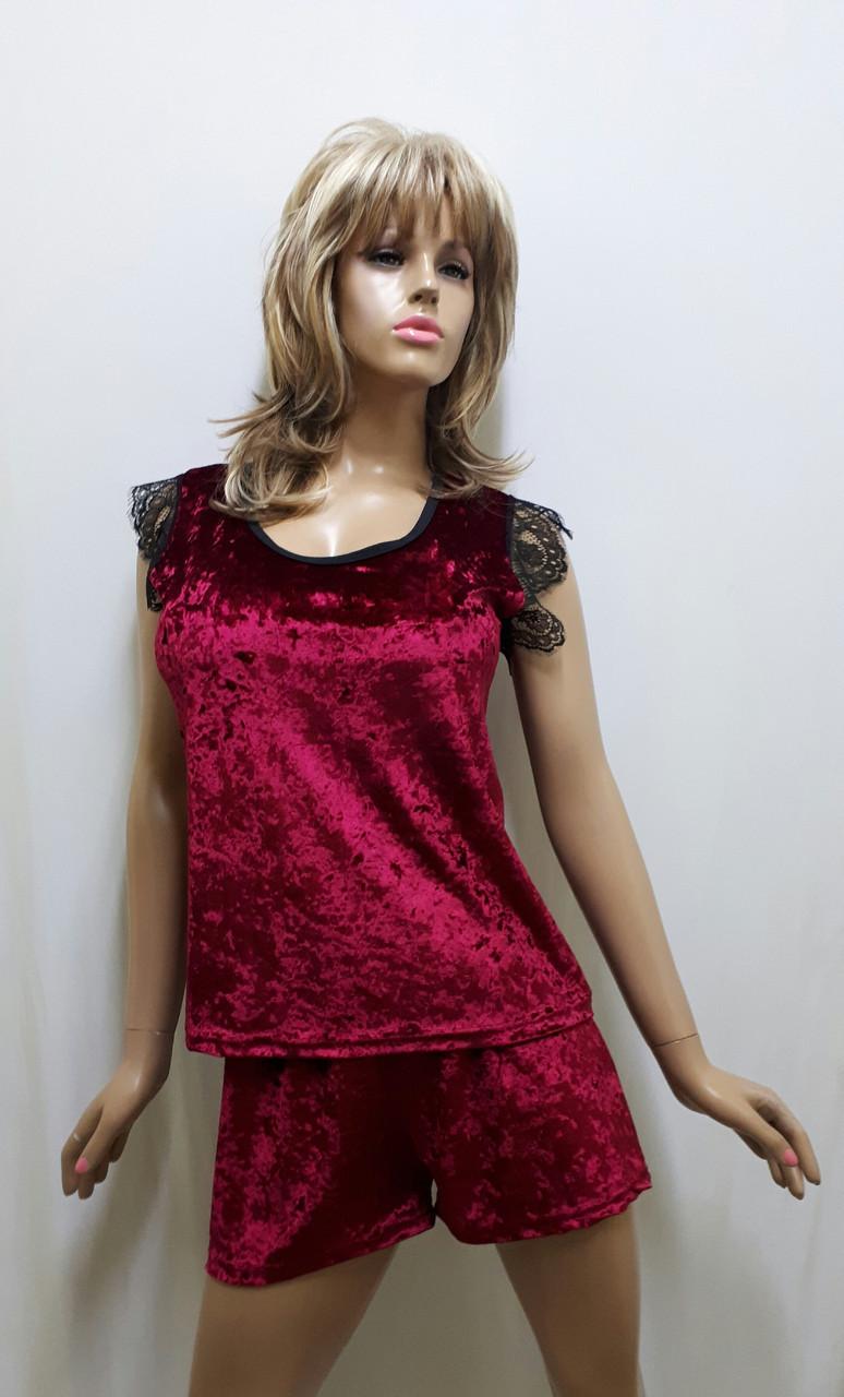 Бархатная пижама  футболка и шортики украшена французским кружевом , размеры от 42 до 50