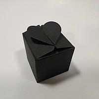 """Коробка черная на 1 конфетку с замком """"сердечко"""", фото 1"""