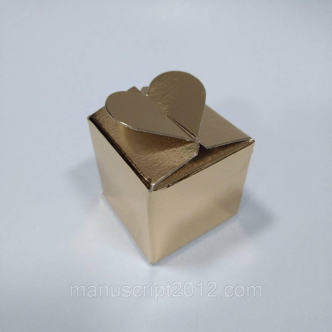 Коробка с замком «Сердечко» (золотая) 40х40х40 мм.