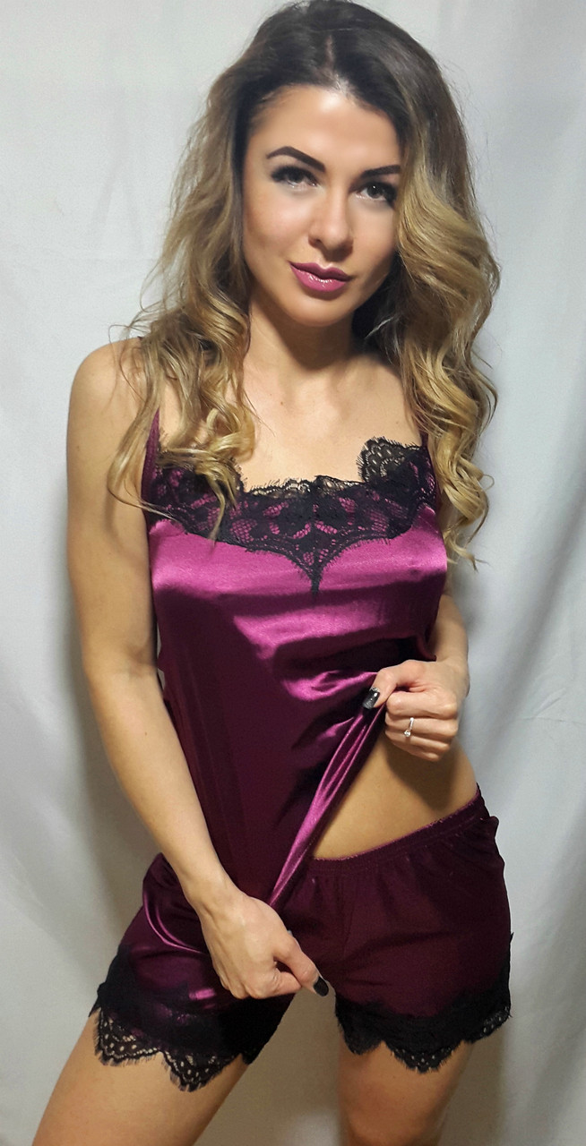 Атласная женская пижама майка с шортами с чёрным французким кружевом,  р. 42/ 58