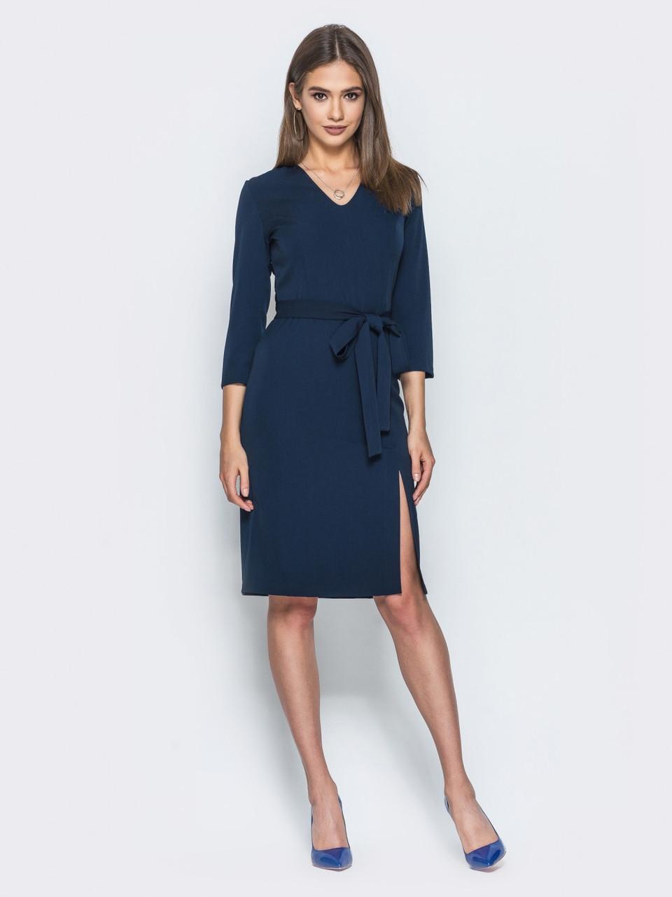 0d15ca31b3b 📍Трикотажное платье полуприлегающего силуэта с тканевым поясом (синее
