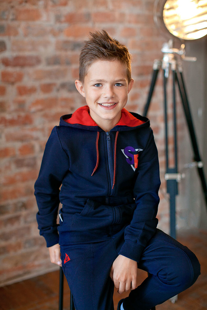 Детская кофта для мальчика KR-17-18 «Супербой»