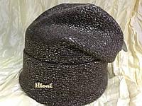 Вязаная  женская шапочка цвет коричневый с серебряным накатом