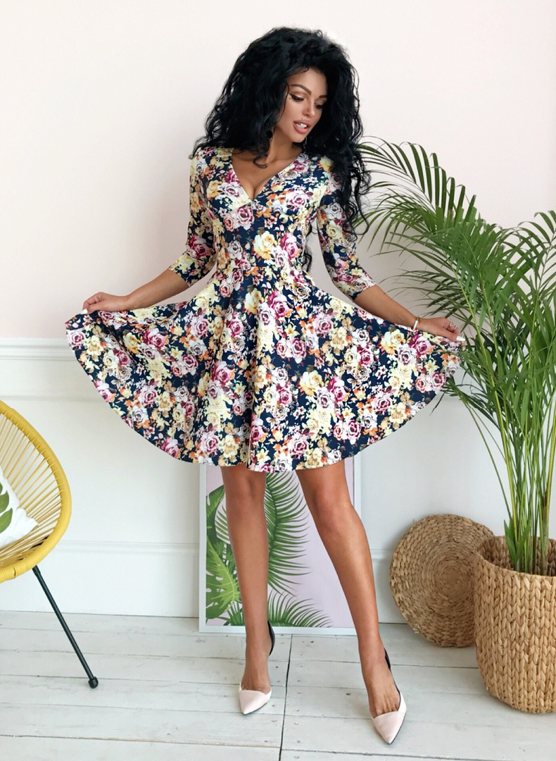 Стильное платье с расклешенной юбкой V- образное декольте, рукав 3/4 / 2 цвета арт 8491-304