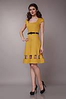 Платье желтое с квадратным вырезом