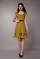Платье оливковое с квадратным вырезом