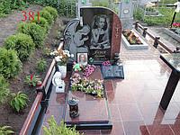 Комплекс-памятник с ангелом, фото 1
