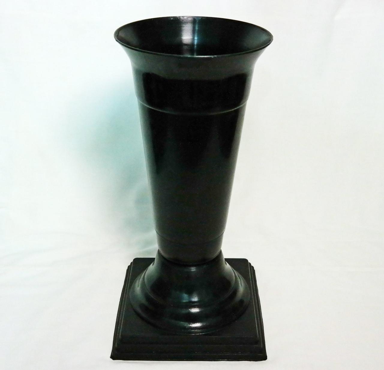 Флакон на ножке Чёрный диаметр 18 см 2,2 литра для цветов