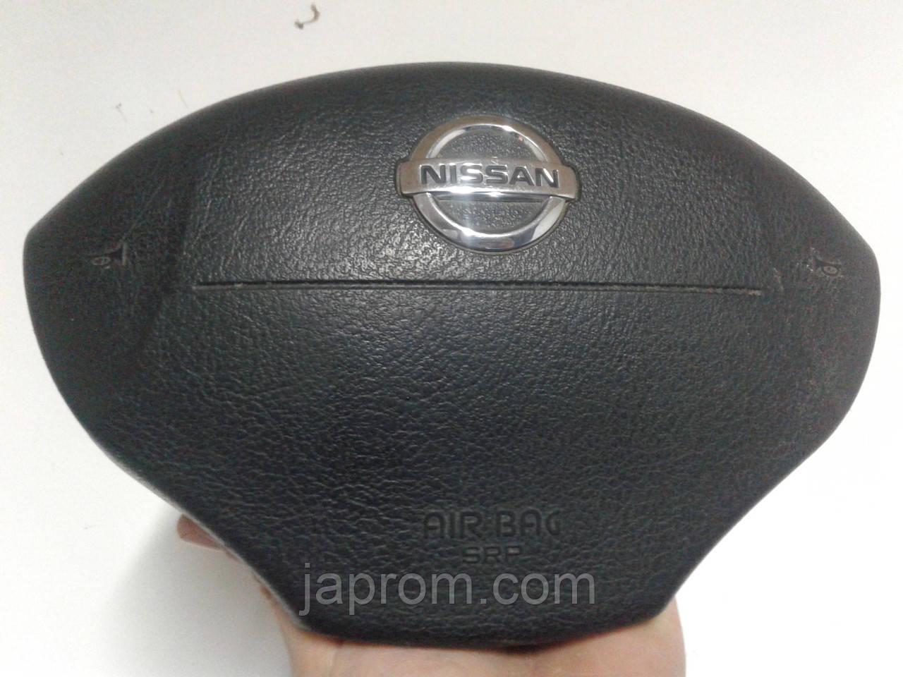 Подушка безпеки водія в рульове колесо Nissan KUBISTAR 1997-2008р.в.