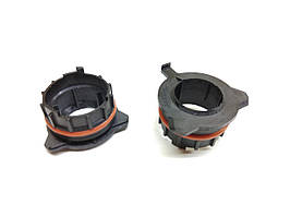 Переходник пластиковый H7 цоколь адаптер для LED и ксенона BMW E39, Benz SLK (150021)