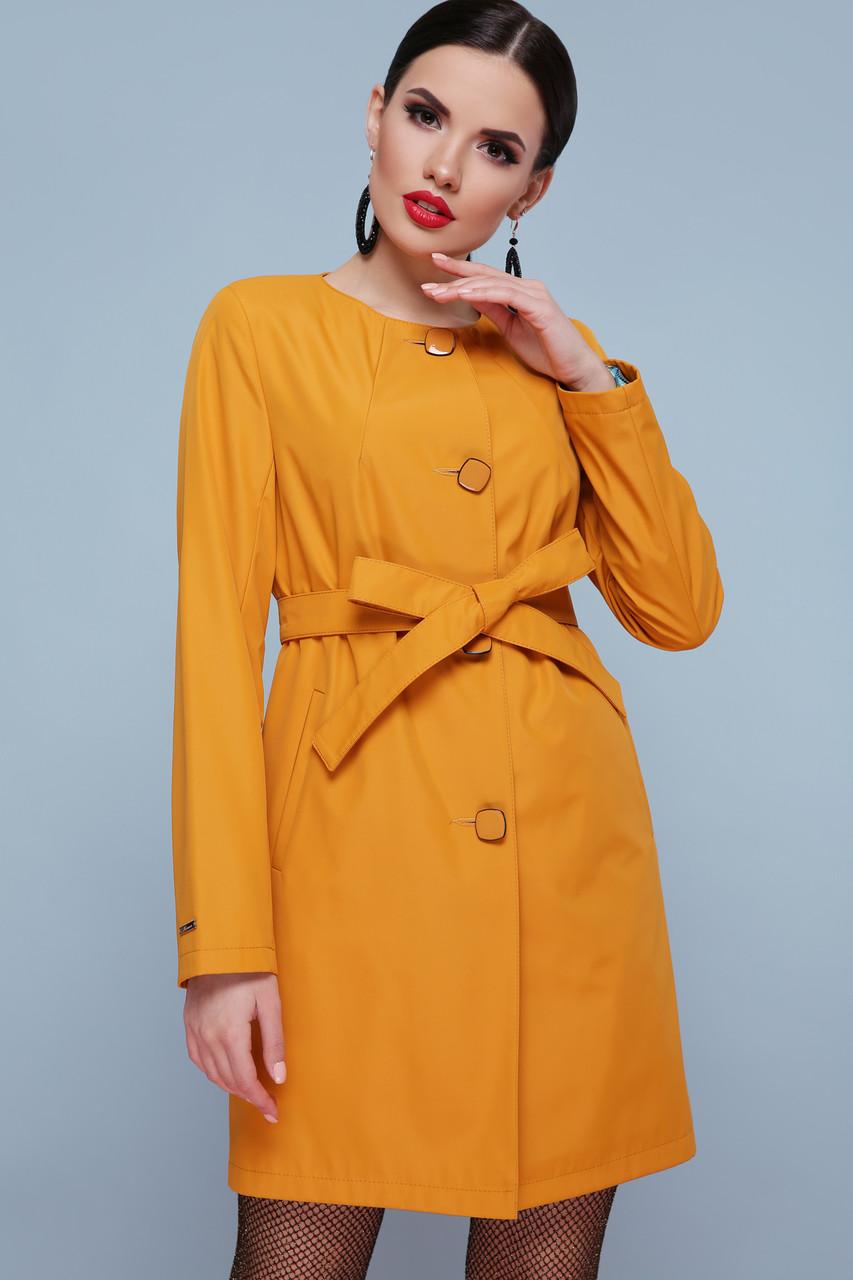 Яркий женский плащ с поясом оранжевый