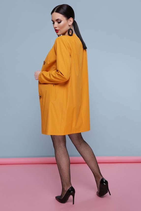 Яркий женский плащ с поясом оранжевый, фото 2