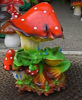 Садовая фигурка Жабки на грибной поляне  36 см