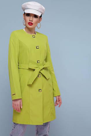 Яркий женский короткий демисезонный плащ без воротника на кнопках Плащ 329 цвет 118 салатовый, фото 2