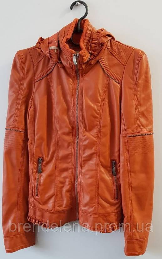 Куртка эко-кожа с капюшоном рр 40-42