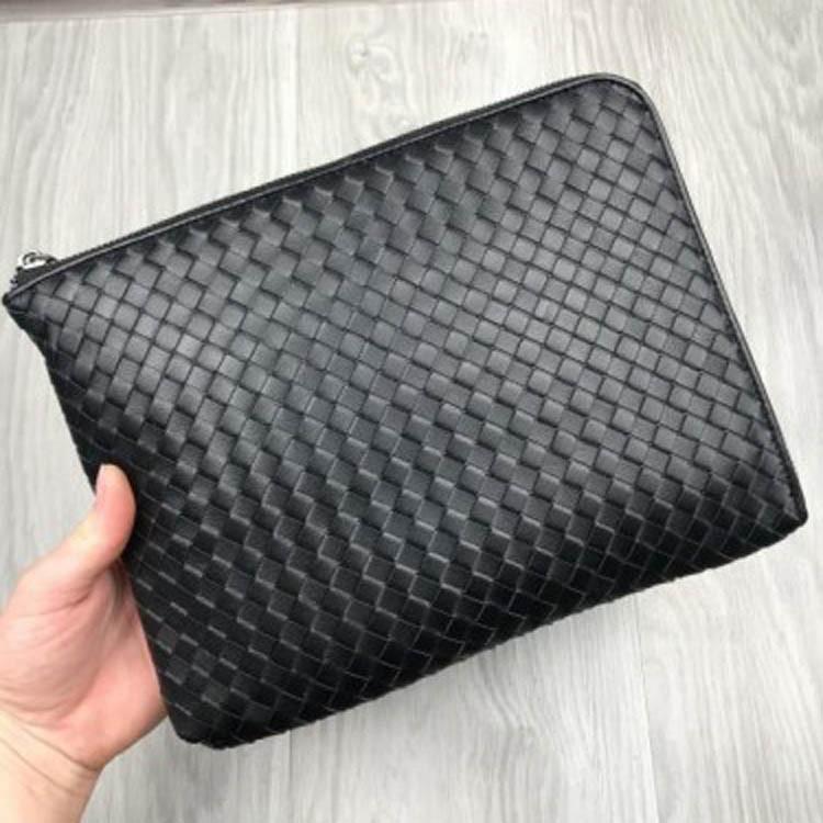 Кожаное портмоне Bottega Veneta черное клатч на молнии кожа женский мужской кошелек Боттега реплика