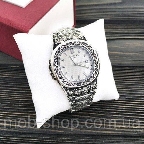 Наручные часы Patek Philippe Nautilus Silver-White Skull