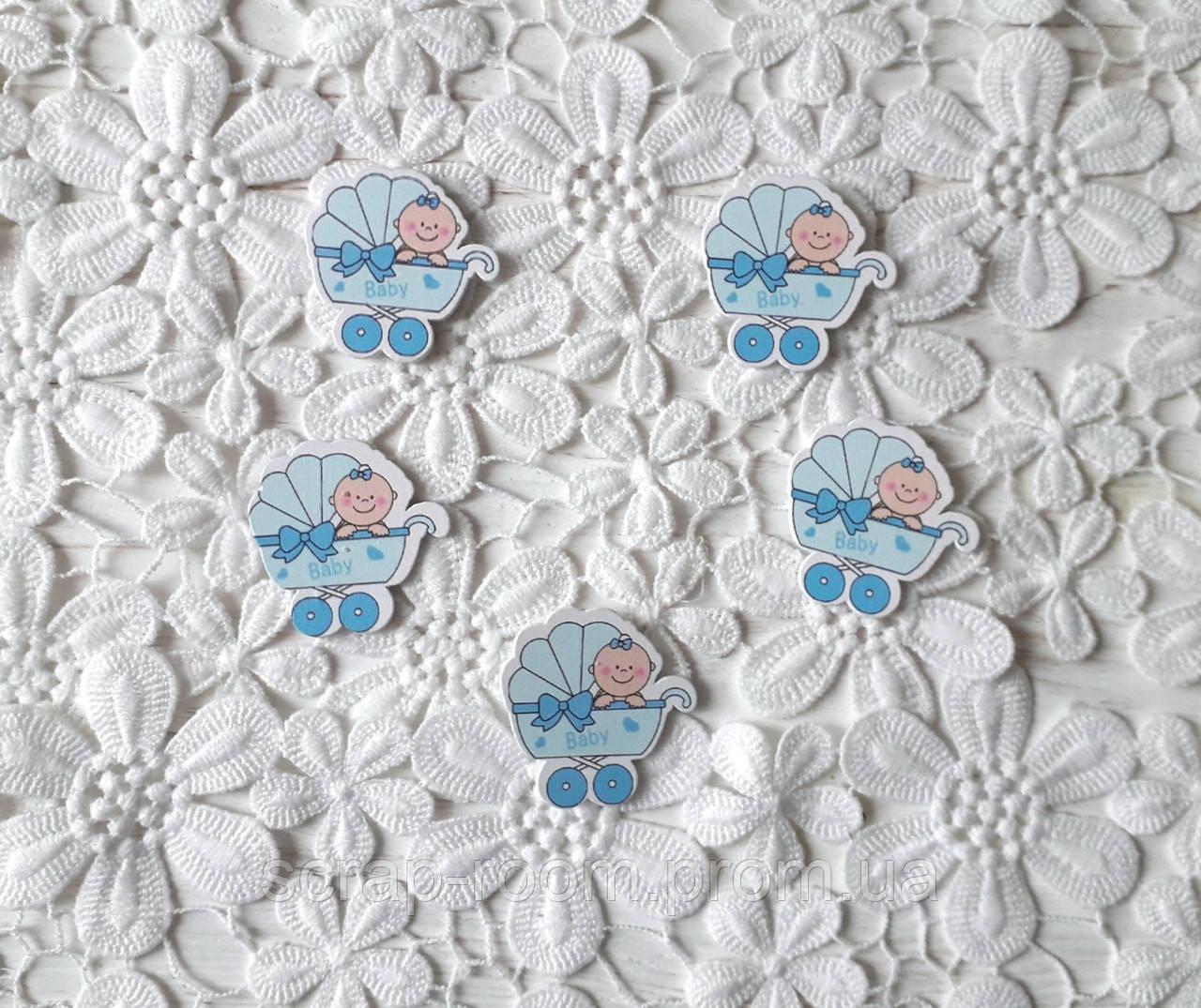 Деревянный кабошон детский Коляска с малышом мальчик голубой цвет