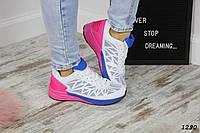 Женские кроссовки стильные белые с розовым и синим текстиль, фото 1