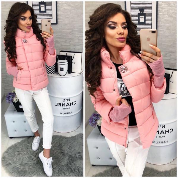 5a907546e83 Демисезонная женская куртка с довязом и брошью  продажа