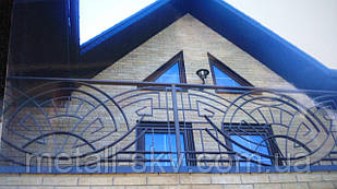 Металлический балкон кованый