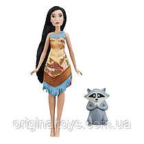 Disney Princess Кукла Покахонтас и питомец енот Мико Hasbro E0283