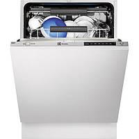 Встраиваемая посудомоечная машина Electrolux ESL8525RO
