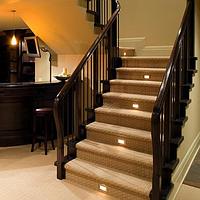 Внутренняя подсветка лестниц и стен