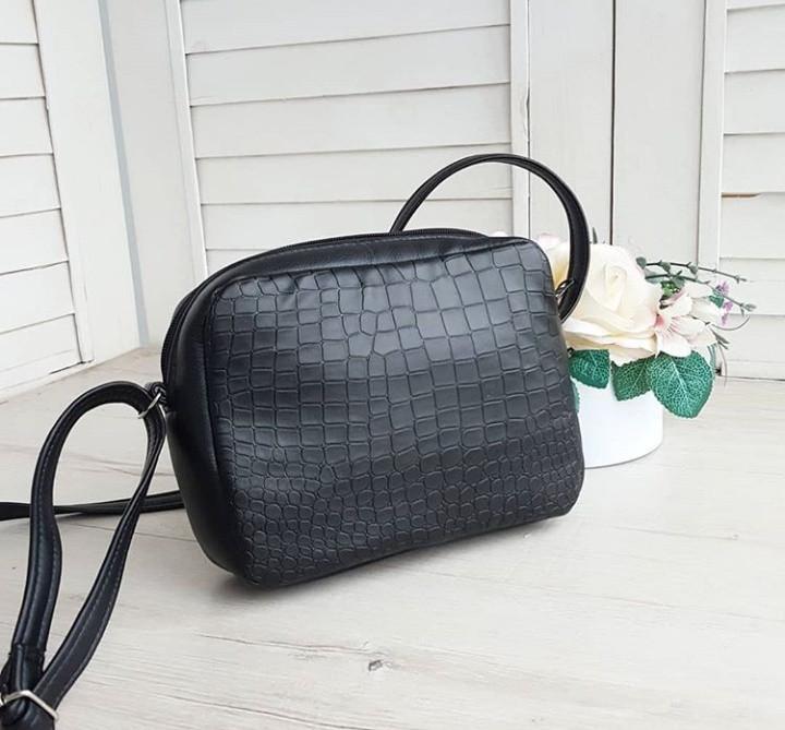 Стильная женская сумка через плечо черная