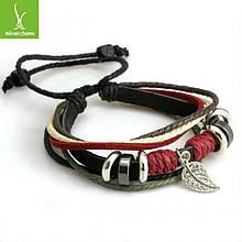 Кожаный браслет черный с бусинами и ажурным листиком