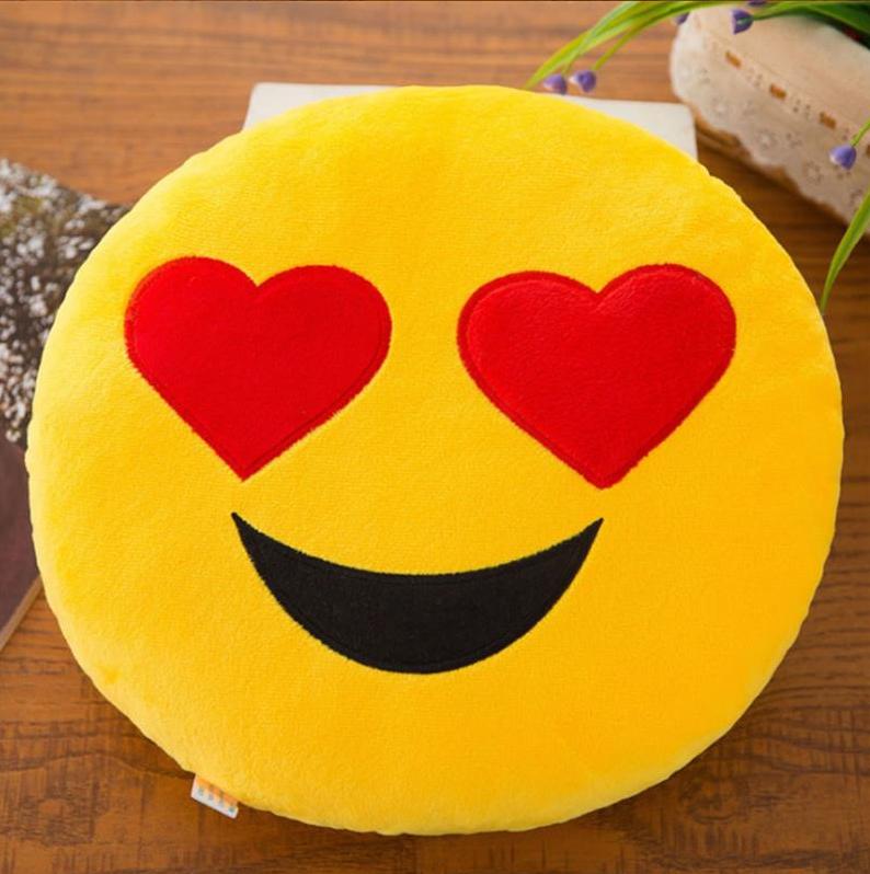Декоративная подушка  Смайл Emoji 33 см. Сердечки Подушка смайлик