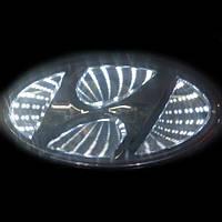 Автоэмблема Hyundai Elantra с подсветкой 3D (белая)