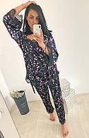 """Шикарный женский комплект """"Сакура"""" маечка штаны и халат бархатный с кружевом синий с принтом S-M-L, фото 1"""