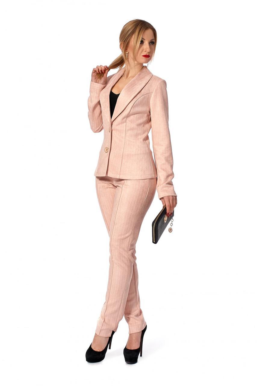 d3b150ac830 Стильный классический женский брючный костюм пудрового цвета р.42