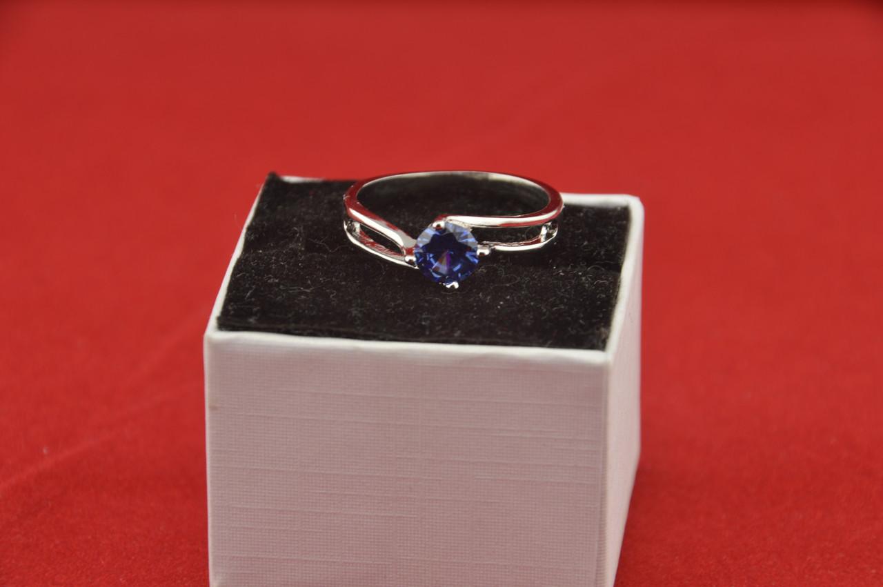 Серебряное кольцо, Кристалл, с камнем синий куб. цирконий, размер 18