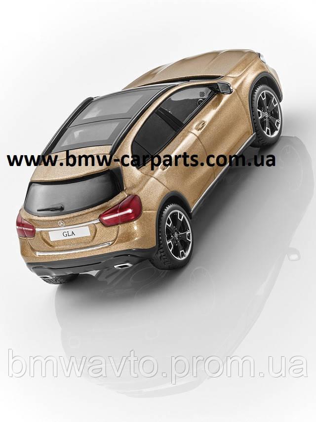 Модель автомобиля Mercedes GLA, Canyon Beige, Scale 1:43, фото 2