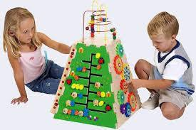Развивающие игрушки, наборы для творчества, кинетический песок