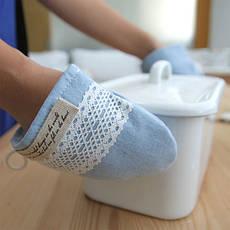Кухонные рукавицы, прихватки, грелки для чайников