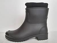 Женские резиновые сапоги с утеплителем на каблуке (черные)