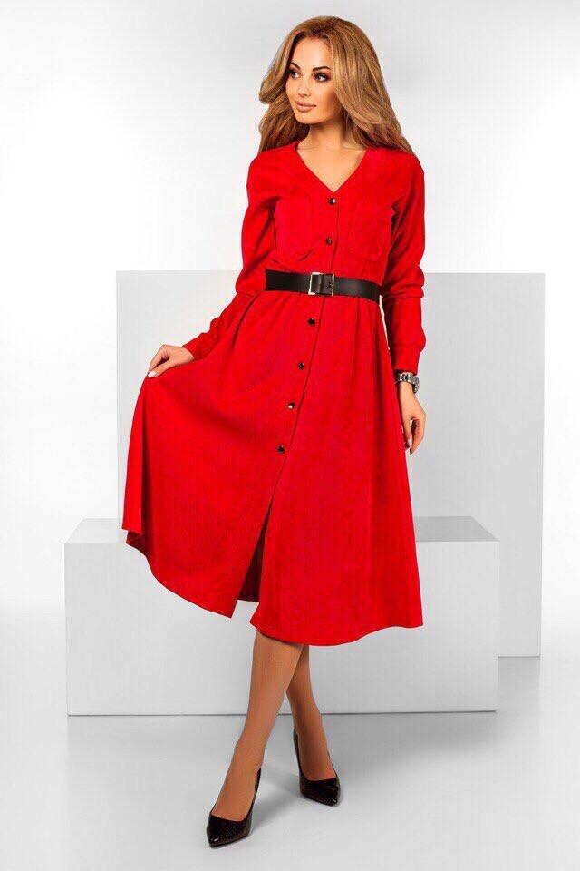 Удлиненное вельветовое платье под пояс