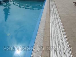 Бассейн переливной ,пленочный,с павильоном на солнечных батареях