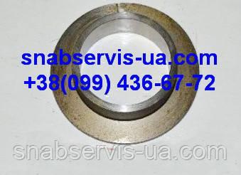Кольцо с буртиком (втулка) ведущего вала КПП К-700