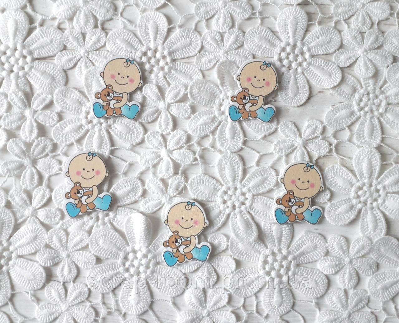 Деревянный кабошон детский Малыш с мишкой, baby мальчик, голубой цвет