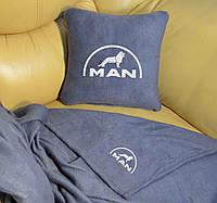 Автомобильный плед Man в чехле с вышивкой логотипа, фото 1