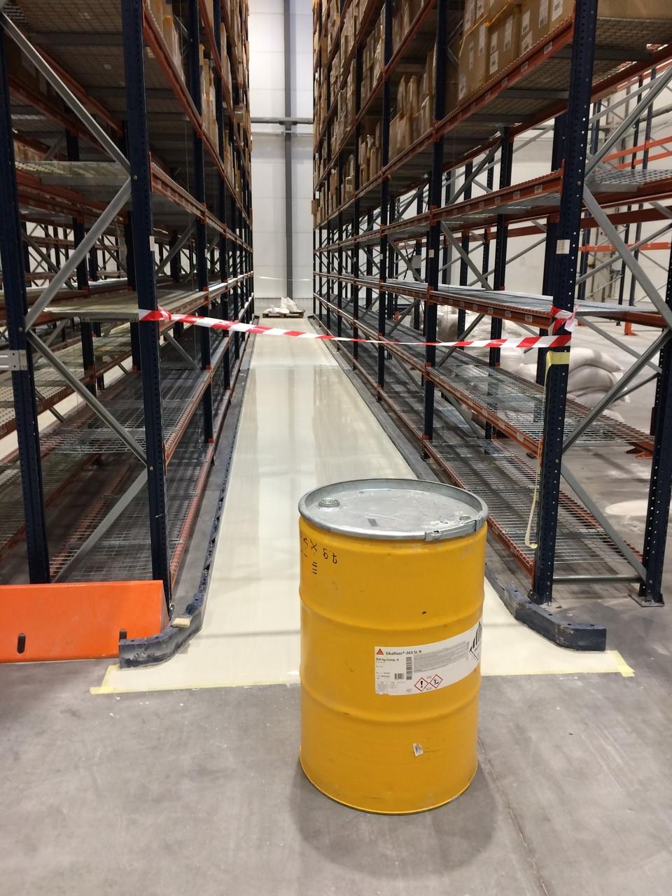 Полимерные наливные полы для склада