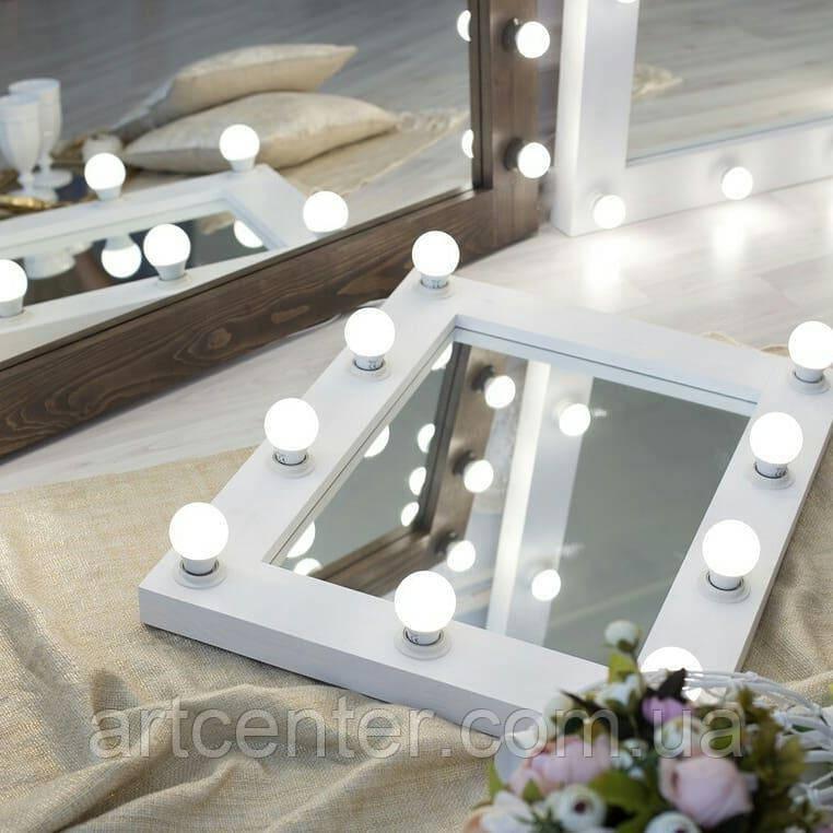 Прямоугольно зеркало белого цвета, зеркало с подсветкой для макияжа