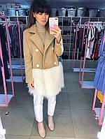 Пальто кашемировое  с искусственным мехом ламы цвет бежевый с белым мехом