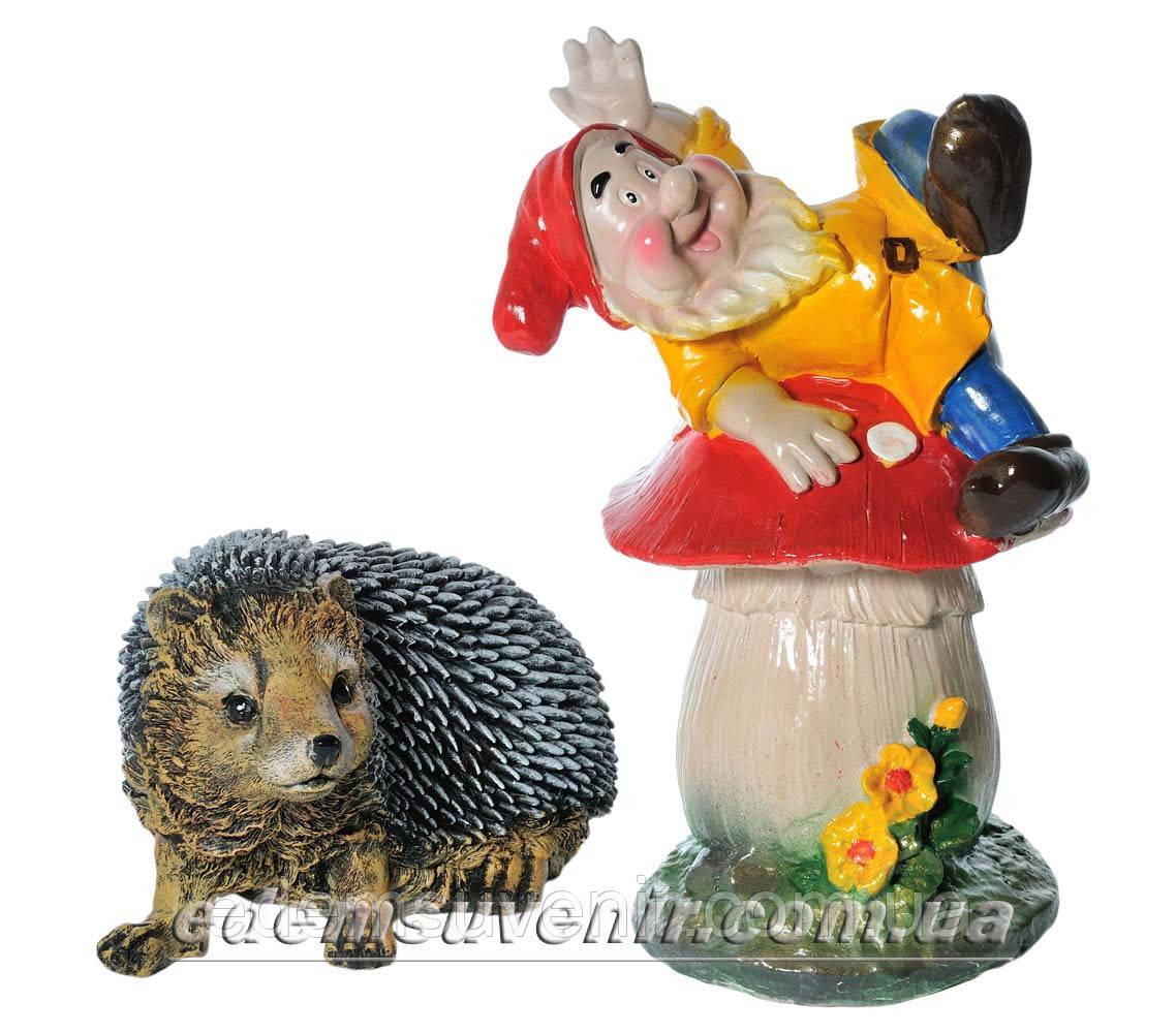 Садовая фигура Ежик Тоха и Гном на мухоморе