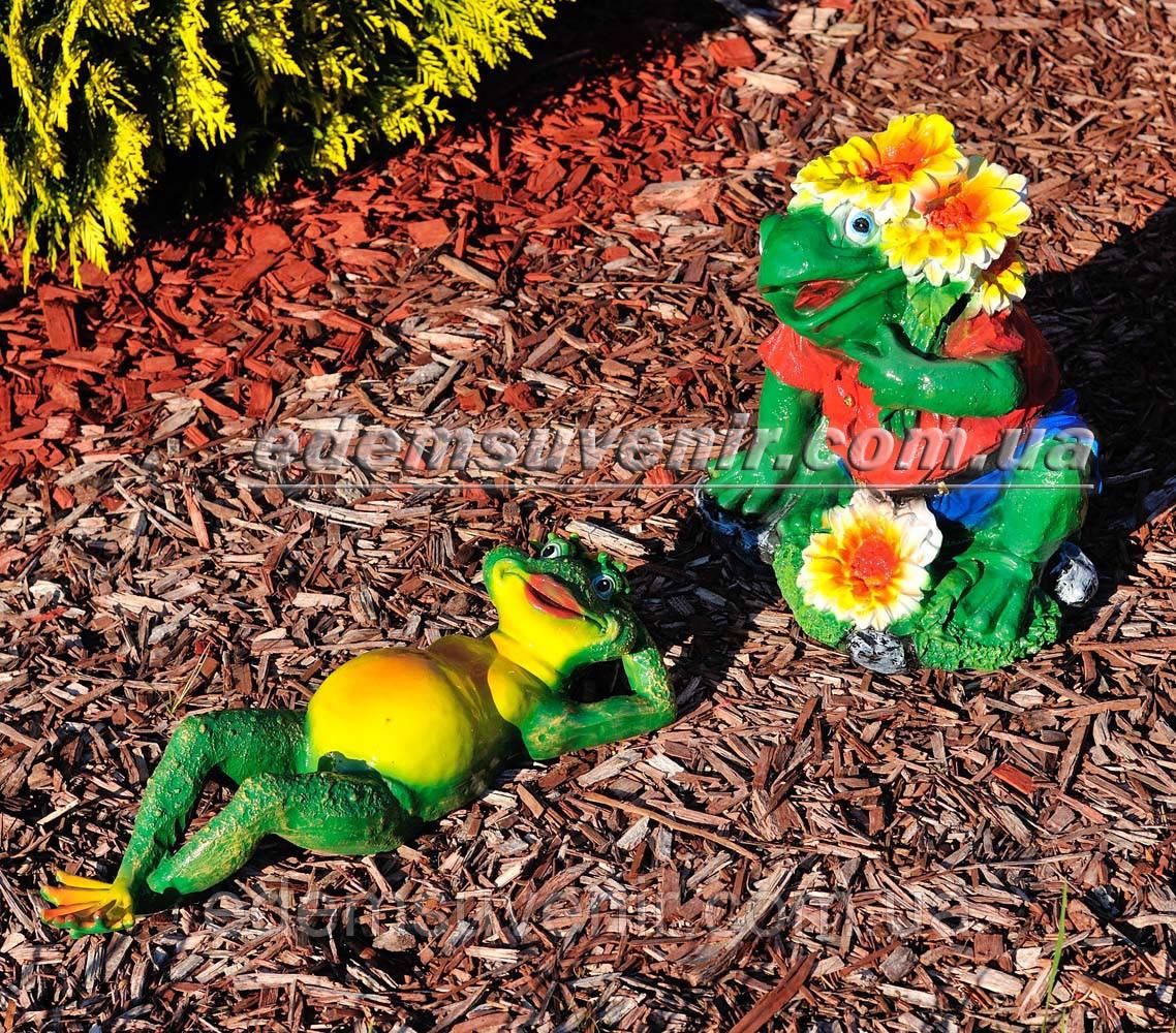 Садовая фигура Жаба на отдыхе и Жаба юбилейная